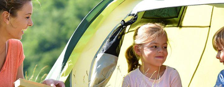 9 nützliche Tipps zum sicheren Campen mit Kleinkindern