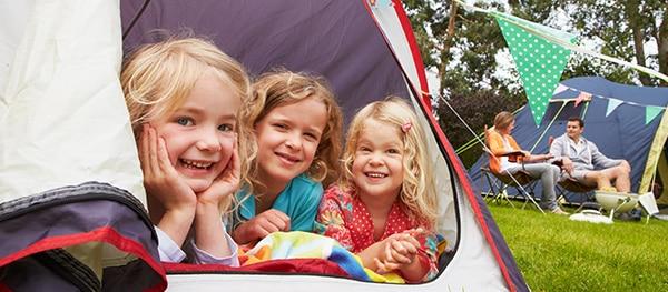 camping-kleinkinder-zelt-vorzelt