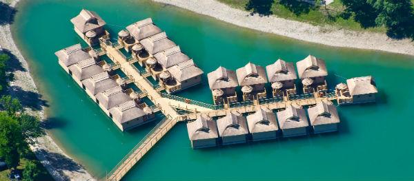 Pirates' Bay - auf dem Wasser schlafen - besondere Übernachtungsmöglichkeit
