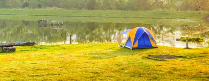 Den Herbst in Deutschland genießen – Farbenfroher Campingurlaub