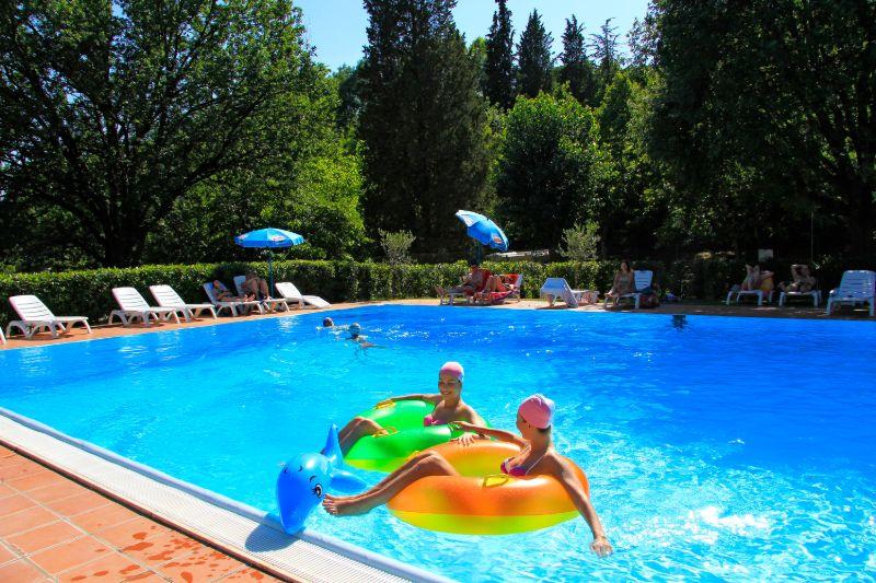 Schwimmbad auf Campingplatz