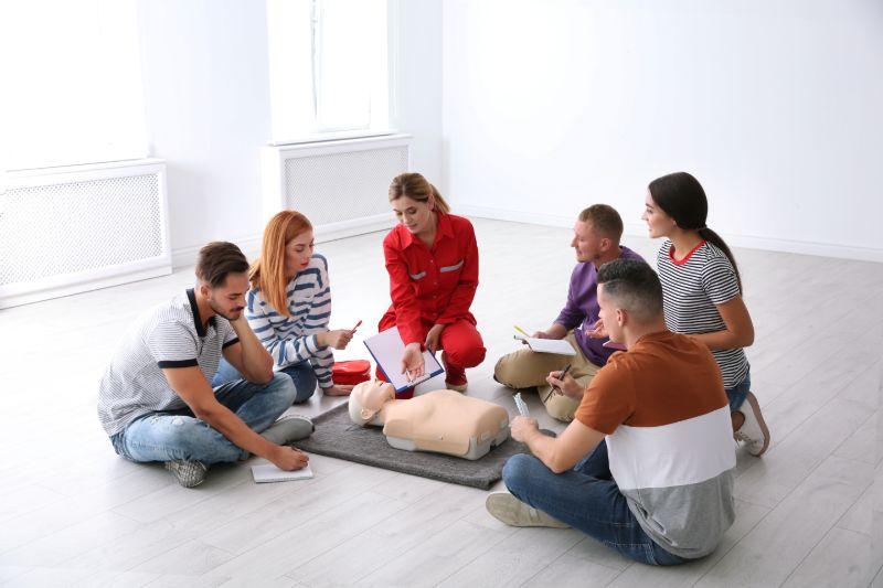 Erste Hilfe Kurs Notfall beim Camping